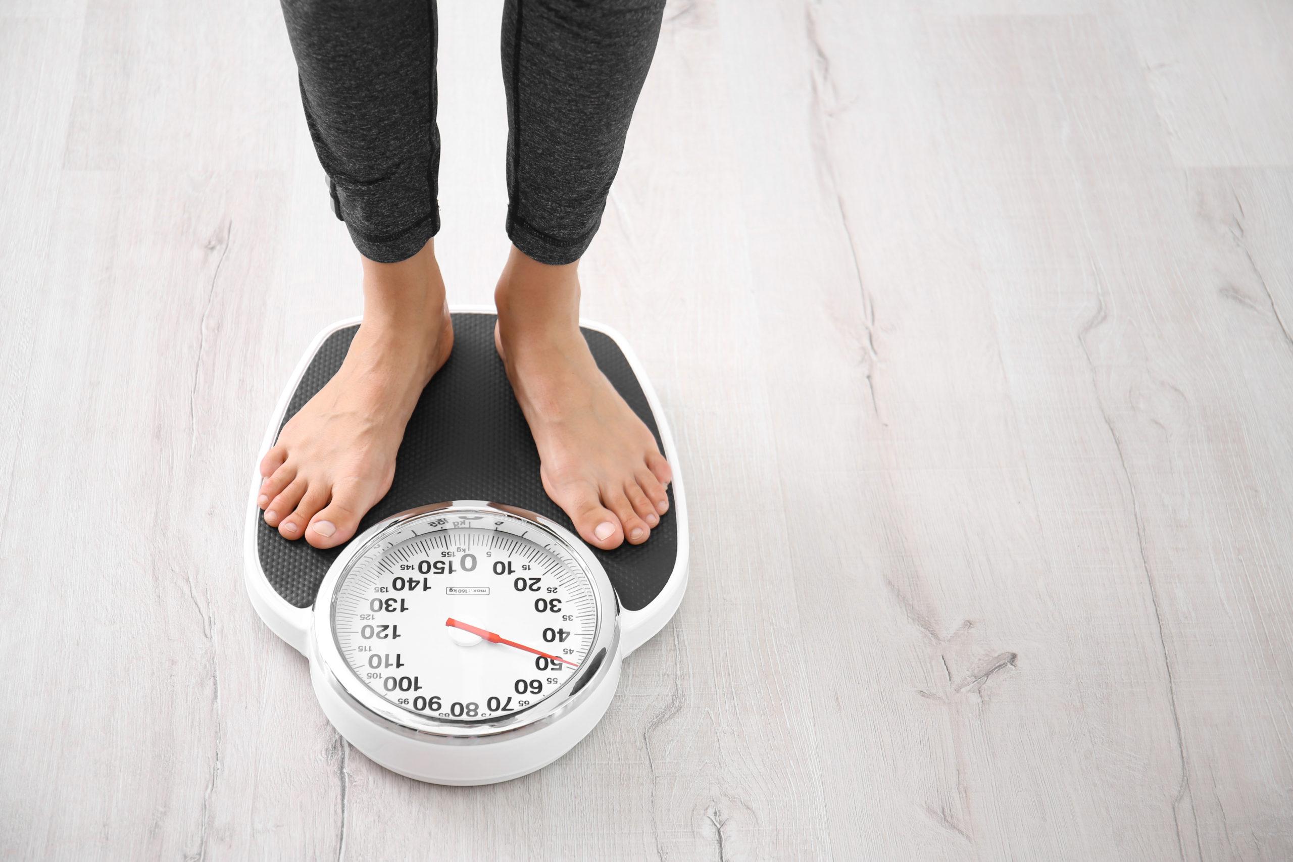 Balance-perte de poids-régime-hypnose