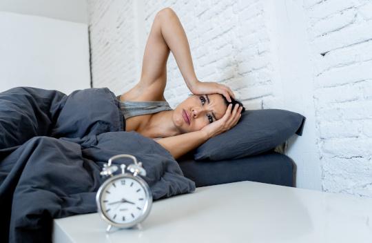 femme-insomnie-troubles-sommeil-bien-dormir